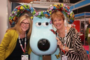 Jo Briault (left), Gromit (centre) and Caroline Johnson (right) pictured at London Vet Show recently.